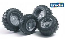 Bruder 02316 (02001) - Traktor Zwillingsbereifung mit silbernen Felgen, Super-Pro
