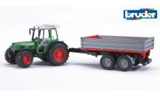 Bruder 02104 - Fendt 209 S Traktor mit Bordwandanhänger